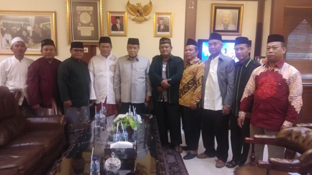 Sowan Kiai Said, PCNU Jakarta Utara Siap Berkhidmah di Masyarakat