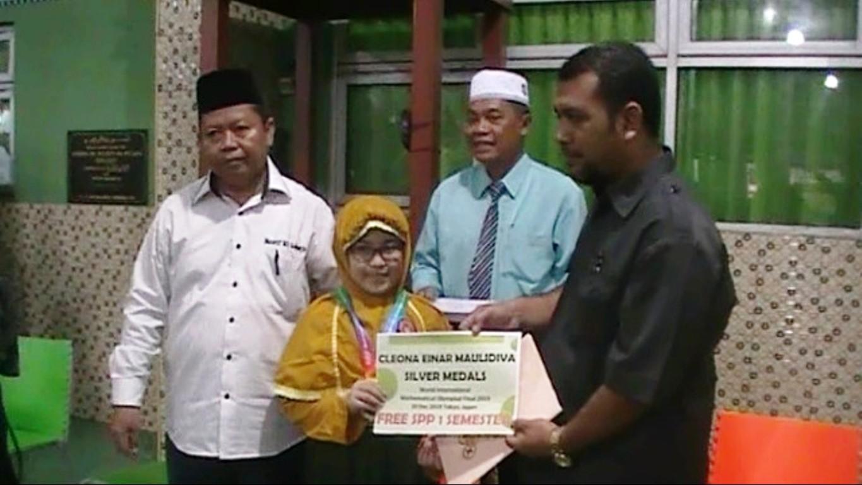 Siswi MI Muslimat NU Sidoarjo Juara Lomba Matematika di Jepang