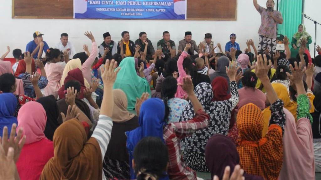 Menerapi Pengungsi Banjir Lebak dengan 'Syukur Nafs'