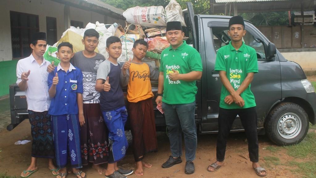 Pemuda Ansor di Tulang Bawang Dirikan Bank Sampah Ansoruna Jaya