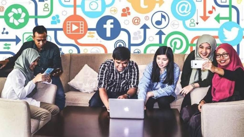 Mahasiswa Diminta Responsif terhadap Perubahan Dunia Kerja