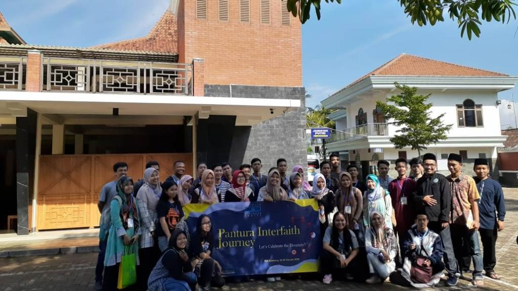 Masjid Mutamakkin Kajen Titik Pertama Wisata Pantura Lintas Agama