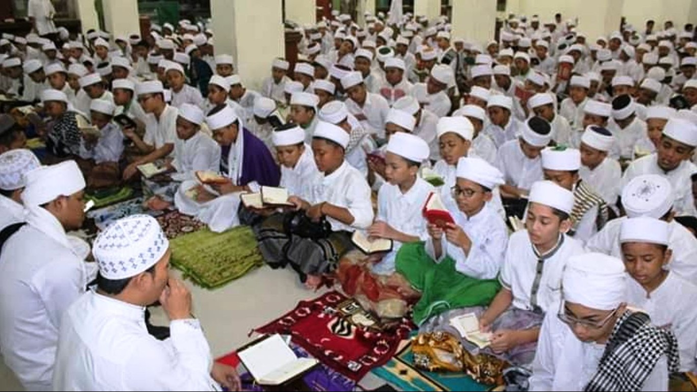 Dayah Ummul Ayman Samalanga Aceh Tampung Hampir Seribu Santri Baru