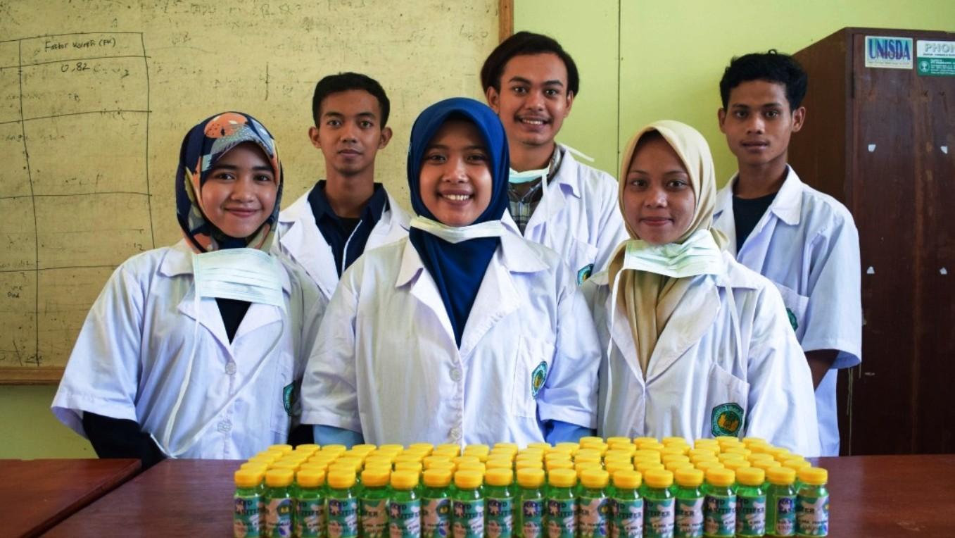 Unisda Lamongan Produksi Antiseptik Pembersih Tangan Standar WHO