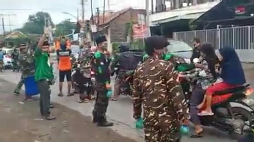 Ansor Banser Brebes Gigih Sosialisasi Bahaya Pandemi Covid-19