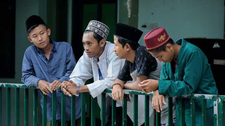 Revitalisasi Siklus Islami untuk Kurangi Dampak Psikosomatik Santri selama Pandemi
