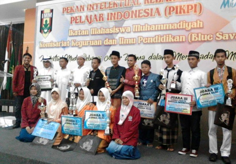 Santri Annuqayah Borong Juara Lomba di UM Surabaya