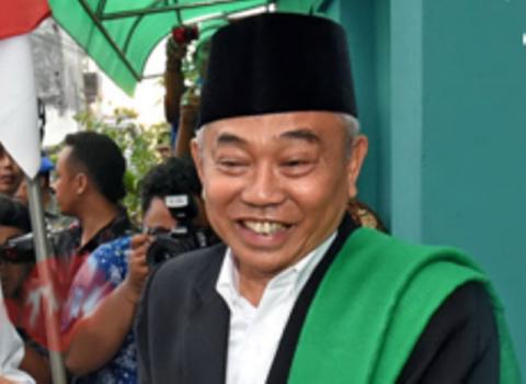 KH Asep Saifuddin Chalim.