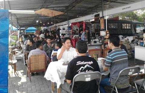 Lewat Festival Kopi, Mahasiswa STAINU Temanggung Duniakan Kopi Lokal