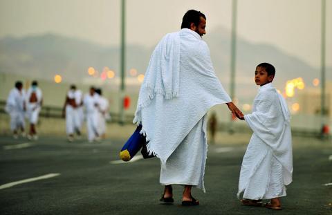 Tata Krama terhadap Orang Tua menurut Al-Ghazali