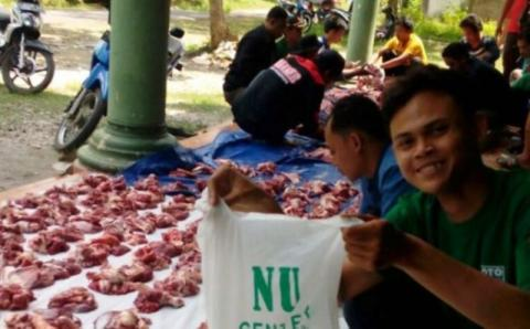 Hukum Menyimpan Daging Kurban