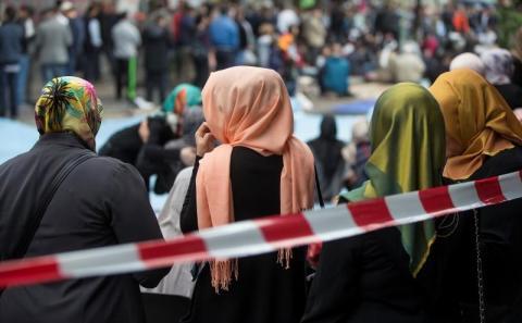 Sebelum Terbitkan UU Baru untuk Islam, Presiden Prancis Diminta Dengarkan Suara Muslim