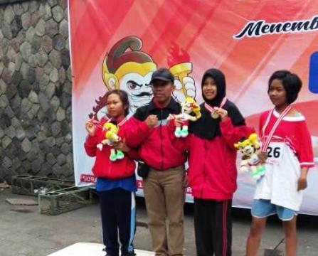Lagi, Mahasiswi STAINU Temanggung Juara I Lomba Lari