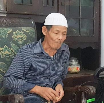 Innalillahi, KH Tobroni Mutaad Buntet Pesantren Wafat