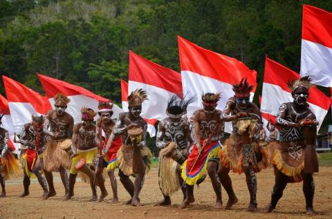 Overcoming Papua's problems comprehensively
