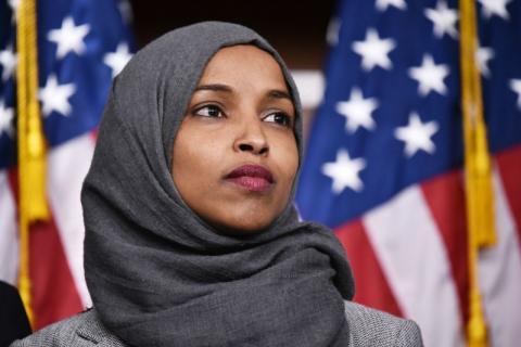 Aturan Diubah, Ilhan Omar Boleh Mengenakan Hijab di Parlemen AS
