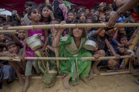 Saudi Deportasi Puluhan Tahanan Rohingya ke Bangladesh