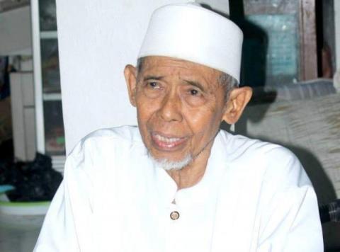 Innalillahi Telah Wafat KH Ali Samman, Santri Dokumentator dari Zaman Old