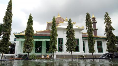 Great Mosque of Palembang unveils new name