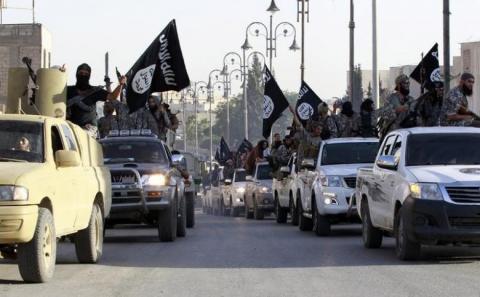 Ribuan Militan ISIS di Suriah Menyerah Setelah Digempur Tiga Hari