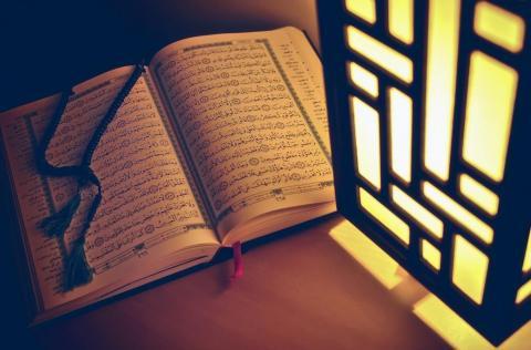 Perbedaan Pendapat Ulama tentang Waktu Nuzulul Quran