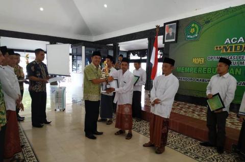 'MDT Award 2019' Dongkrak Motivasi Madin Lumajang