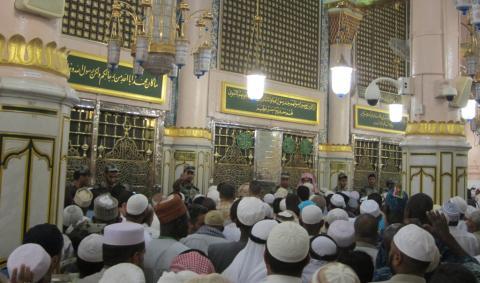 Keutamaan Ziarah Kubur Nabi bagi Jamaah Haji