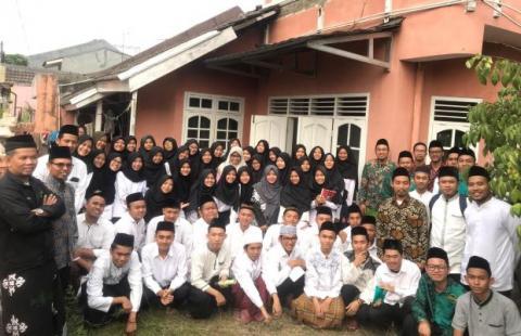 Pesantren Alumni STAN Fasilitasi Mahasiswa Dalami Islam