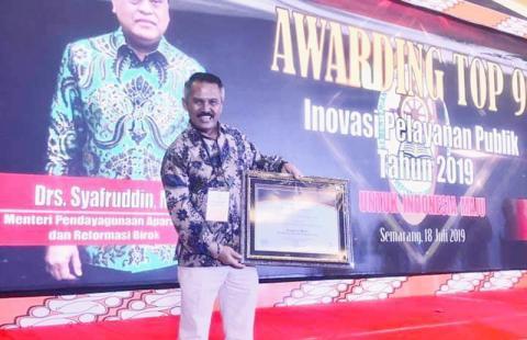 Gagas Kampung Media, Ketua NU Kota Mataram Diganjar Penghargaan
