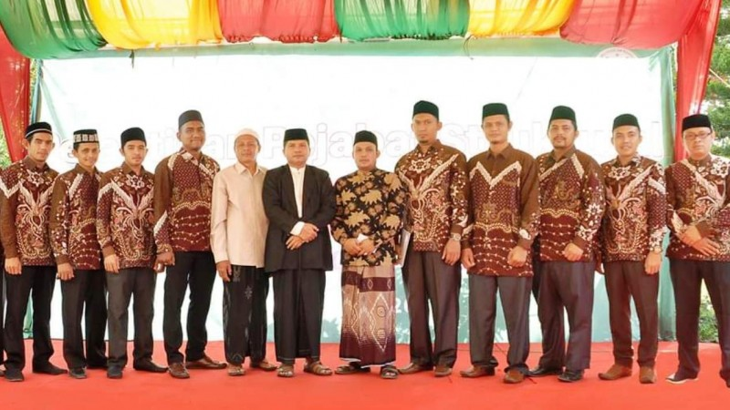 Pelantikan pejabat struktural Sekolah Tinggi Ilmu Syariah Nahdlatul Ulama (STIS NU) periode 2019-2023.