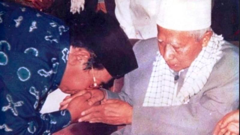 Abah Anom; Wali Sakti dari Tanah Sunda