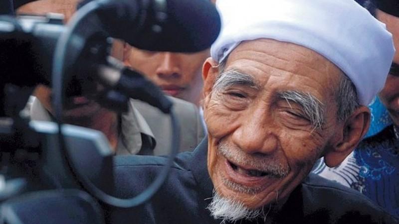 Catatan Mbah Moen, Pesan untuk Pagar Nusa dan Indonesia