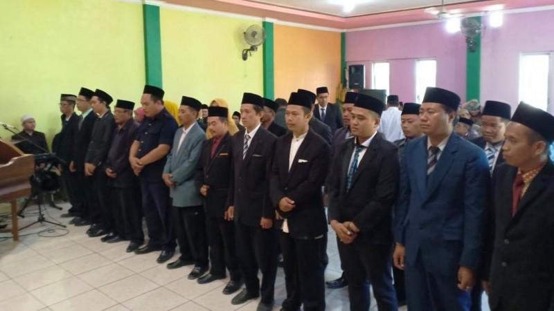 Ma'arif NU Babat Kukuhkan Puluhan Kepala Madrasah