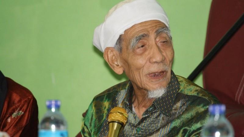 Wafatnya KH Maimoen Zubair
