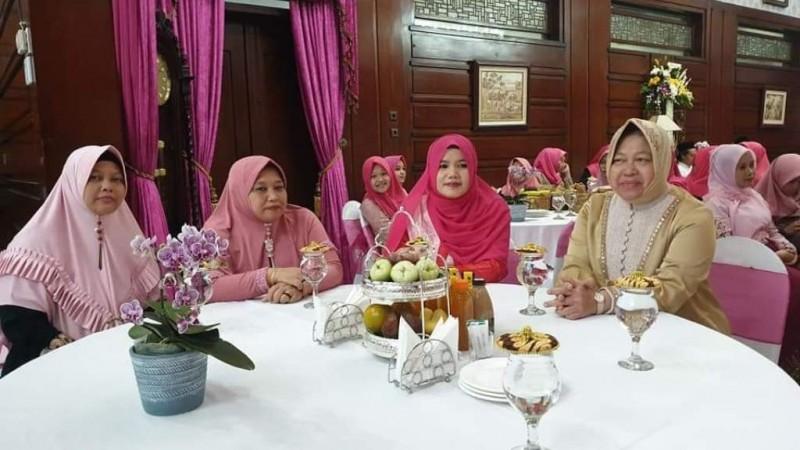 40 Nyai Asal Lampung Ngaji Ekonomi di Surabaya