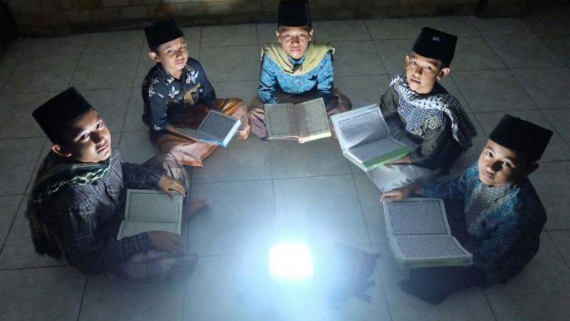 Keutamaan Belajar dan Mengajarkan Ilmu Menurut KH Hasyim Asy'ari (2)