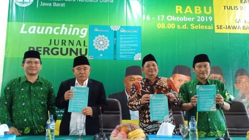 Peluncuran Jurnal Pergunu oleh Pergunu Jawa Barat dihadiri KH Asep Saifuddin Chalim (Foto: NU Online/M Faizin)
