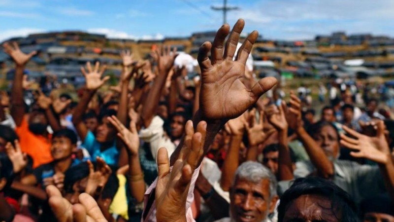 Bangladesh Pindahkan Ribuan Pengungsi Rohingya ke Pulau Rawan Banjir