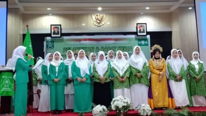 Pelantikan pengurus Fatayat NU Kota Makassar, Ahad (10/11)
