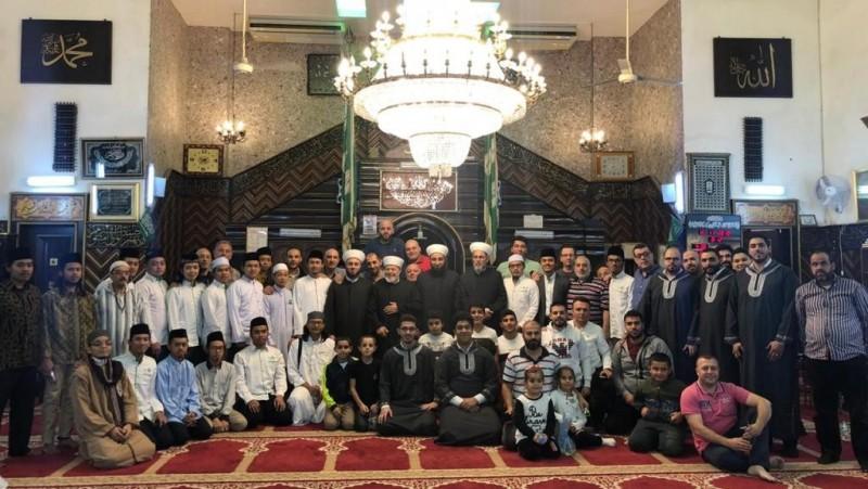 PCINU Lebanon, Warga, dan Ulama Setempat Peringati Maulid Nabi