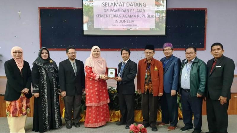 Sejumlah Aktivis Kampus Kenalkan Islam Moderat di 3 Negara