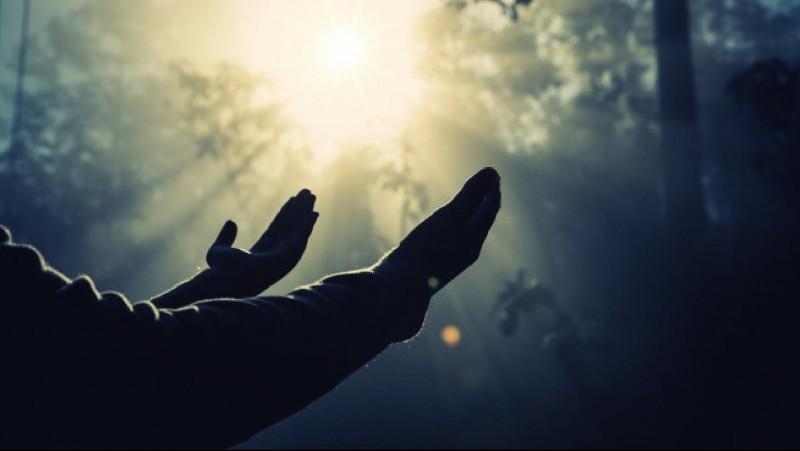 Paham Agama Butuh Kesabaran, Amalkannya Butuh Keteladanan