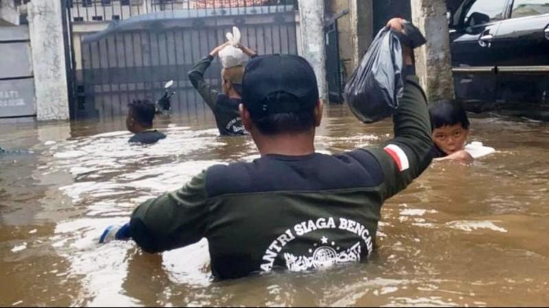 BMKG: Waspadai Hujan Lebat Disertai Petir dan Angin Kencang Sepekan ke Depan