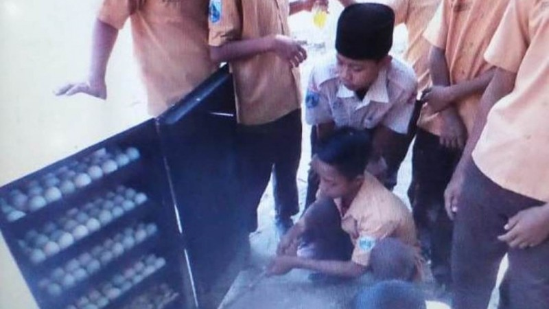 Pesantren Al-Falah Puger Jember Tekuni Usaha Olahan Pangan