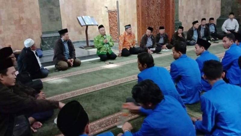 STAI Al-Muhammad BloraKedepankanKarakter Moderat Melalui Ziarah