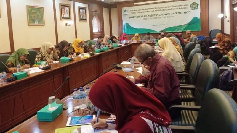 Guru Madrasah Didorong Kembangkan Kemampuan Menulis