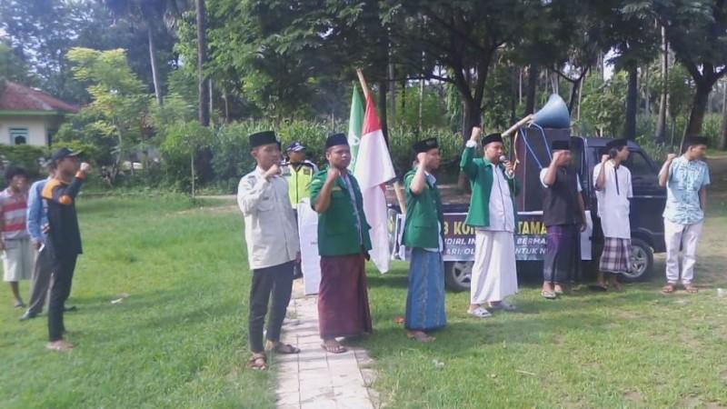 Kepala Desa hingga Siswa Sambut Kirab Koin Muktamar NU di Sumenep