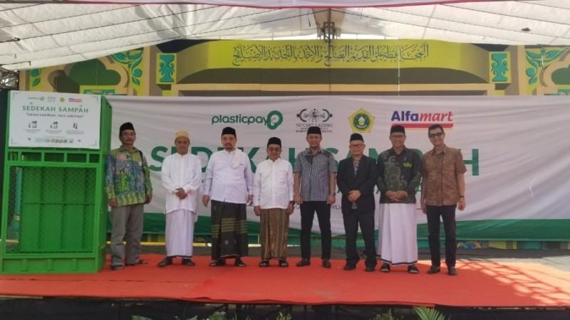 LAZISNU Tangerang Luncurkan Program Pengelolaan Sampah Plastik