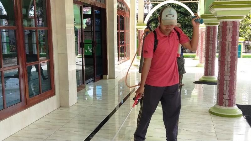 Cegah Corona, Ansor dan Banser di Situbondo Ajak Warga Hidup Sehat
