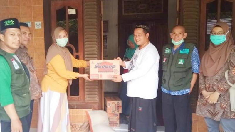 LAZISNU Kendal Salurkan Bantuan untuk Korban Banjir Kali Bodri